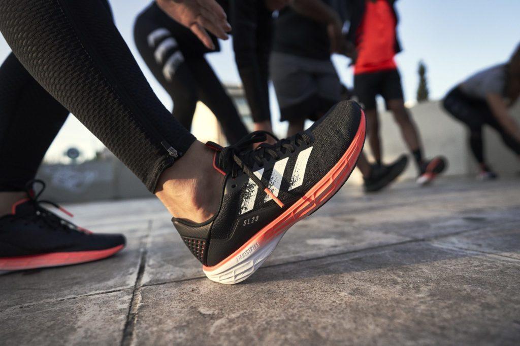 Adidas SL 20