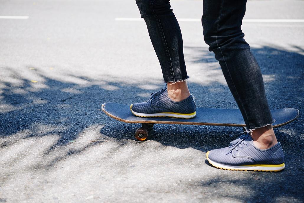 zapatos sin calcetines en verano